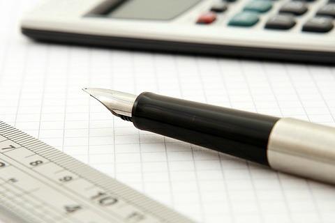 Statistician's toolbox: ruler, calculator, fountain pen