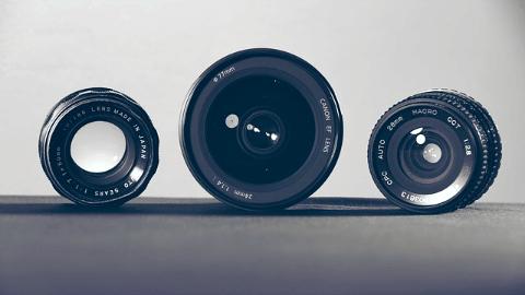 Fast lenses wide open